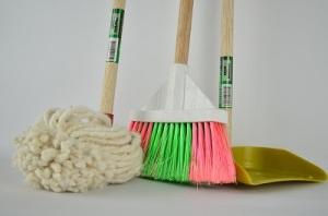 大掃除の際に行うトイレ掃除のやり方とは?すみずみまできれいにしてみよう。 画像3