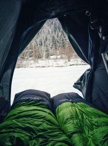 冬のキャンプで効果的な防寒対策とは? 画像1