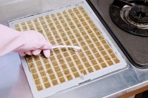 大掃除の際に行う換気扇の掃除のやり方とは?汚れが落ちにくい場所の対処法とは? 画像2